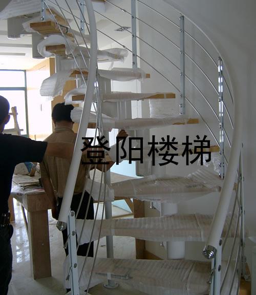 【选择适合你的钢木楼梯】河北廊坊